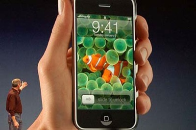 apple-iphone-presentato-da-steve-jobs-a-san-francisco-macworld-2007.jpg