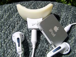 ipod-teeth-whitening.jpg