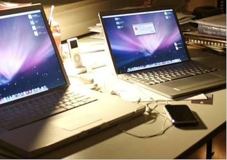 080102_rumored_portable_mac.jpg