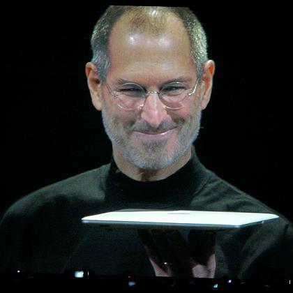 jobs-macbookair2.jpg
