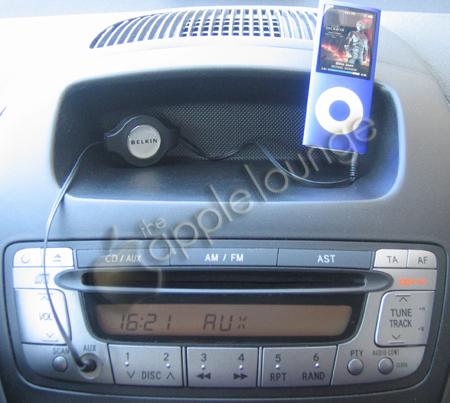 Cavo Retrattile Belkin in automobile (The Apple Lounge)