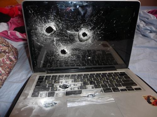 macbook-front-big-bullet-1