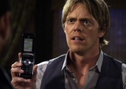 Motorola Razr iPhone