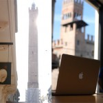 Apple Store Via Rizzoli Bologna - Il primo in un centro storico
