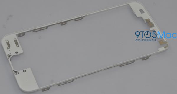 Nuovo iPhone 5, probabile scocca - TheAppleLounge.com