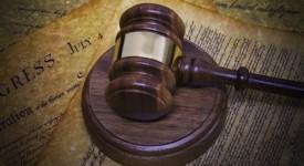 Processo-accusa-causa-martello-legale-tribunale