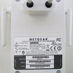 NETGEAR WN3000RP Universal WiFi Range Extender, particolare della parte posteriore con spina orizzontale - TheAppleLounge.com