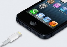 connettore lightning iphone 5