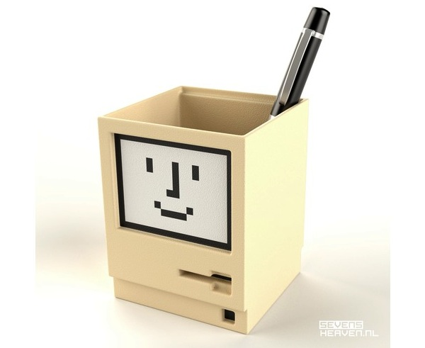 Macintosh Pen Holder