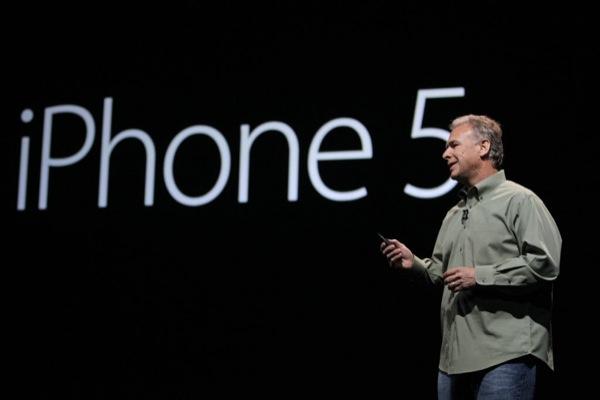 phil-schiller-iphone5-ApplePlanet