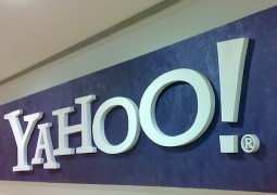 Yahoo! accordi Apple