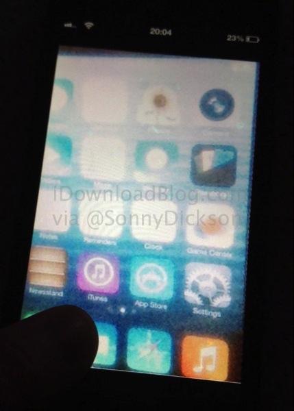 Immagine spia che mostrerebbe il nuovo iOS 7