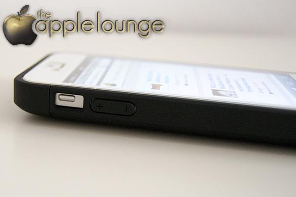 VaVeliero battery cover for iPhone 5, particolare accessibilità pulsanti -TheAppleLounge.com