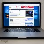 moshi iGlaze pro 15 R, cover per MacBook Pro 15 Retina Display (cover sul portatile aperto) - TheAppleLounge.com