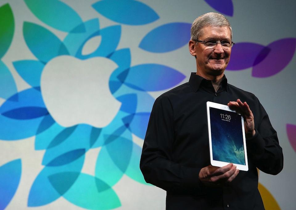 Apple Unveils New Versions Of Popular iPad