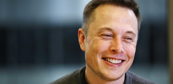 Musk sorride