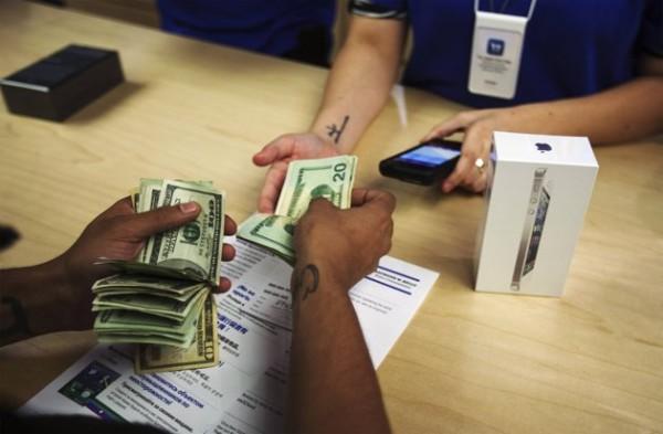 iphone-5-cash