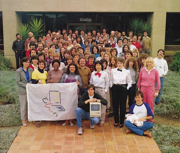 14828-10679-Macintosh-Team-l